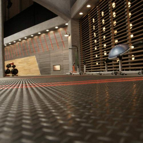 Home Diamond Rubber Kennel Flooring